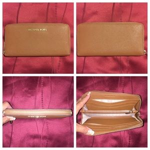 Michael Kors Bags - MK Small Tote and Wallet